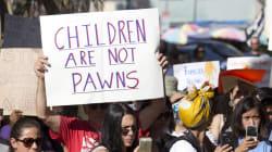 El llanto desesperado de los niños separados de sus padres en la frontera de