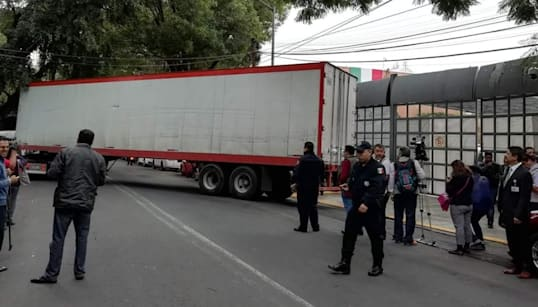 Tras nueve horas de traslado, los votos para el recuento de Puebla llegan al