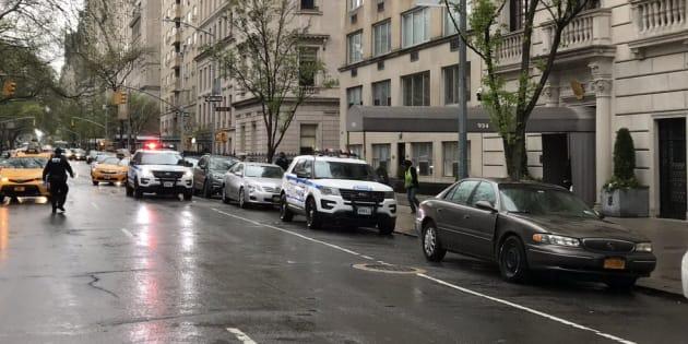 A New York comme à Besançon, les opérations de vote ont été perturbées par la présence de véhicules suspects.