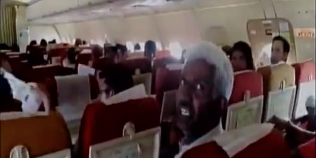 AC on Air India flight malfunctions, fliers use papers to fan themselves