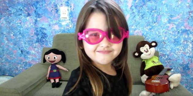 Parece que temos a nossa Youtuber preferida: 'E não esqueçam, meu nome é Liv'