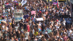 Les images de milliers de manifestants dans la favela de Marielle Franco, l'élue brésilienne