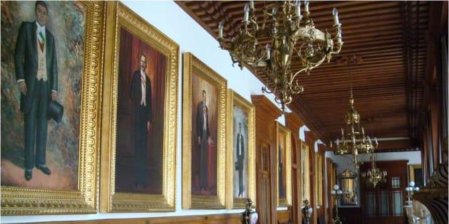 El presidente Andrés Manuel López Obrador decidió no tener un retrato oficial, de igual manera que las dependencias federales.