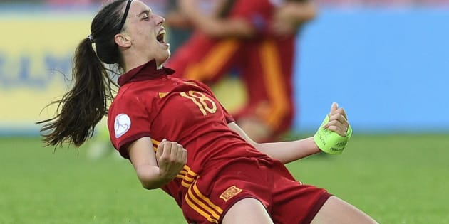 Eva Navarro, jugadora de la selección española femenina de fútbol sub-17.