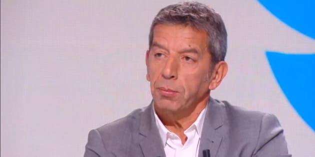 """Michel Cymes sur le plateau du """"Tube"""" de Canal+."""
