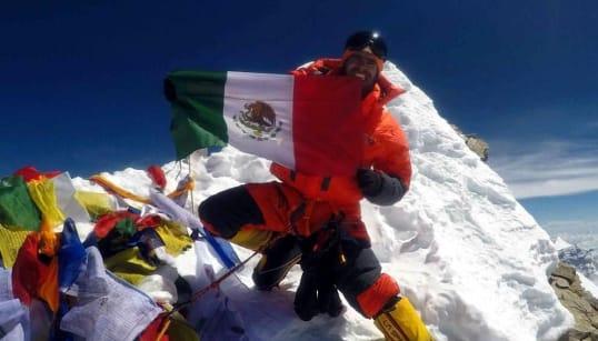 Alpinistas mexicanos mueren en