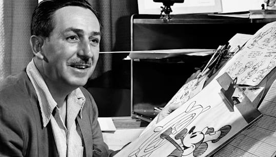 Mickey Mouse, 90 anos: 9 curiosidades sobre a personagem da
