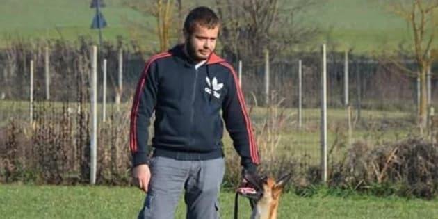 Addestratore di cani muore sbranato dal bull terrier di un amico