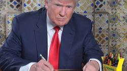 Une photo de Trump en train d'écrire son discours déclenche les