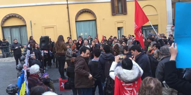 Manifestazione per Mediterranea