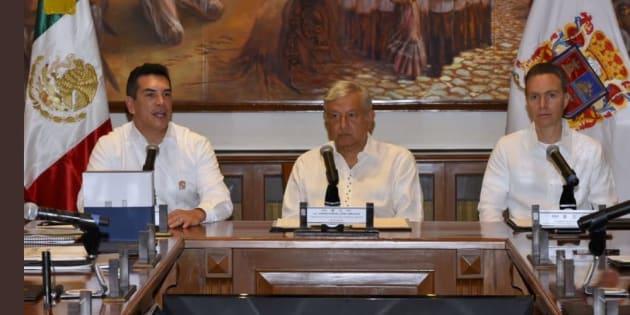 Reunión de trabajo sobre el Tren Maya entre el presidente electo, Andrés Manuel López Obrador y los gobernadores de Oaxaca, Chiapas,Tabasco y Campeche.
