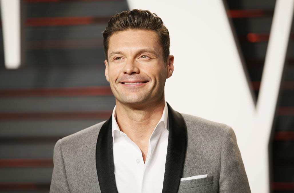 heres how much co hosts kelly ripa and ryan seacrest are worth - Olive Garden Host Pay