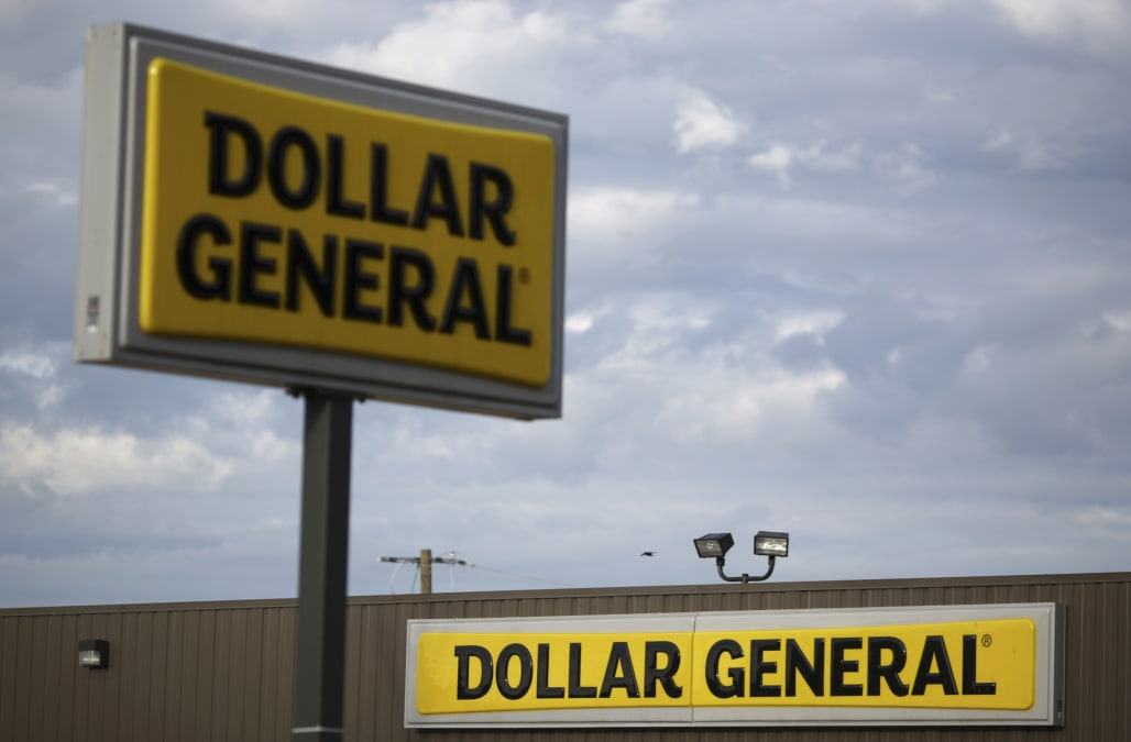 Dollar general is profiting from walmart 39 s failure aol - Dollar general careers express hiring ...