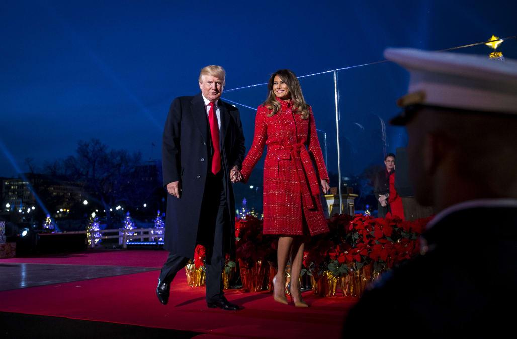 trump mocked over empty seats white house christmas tree lighting - White House Christmas Tree Lighting
