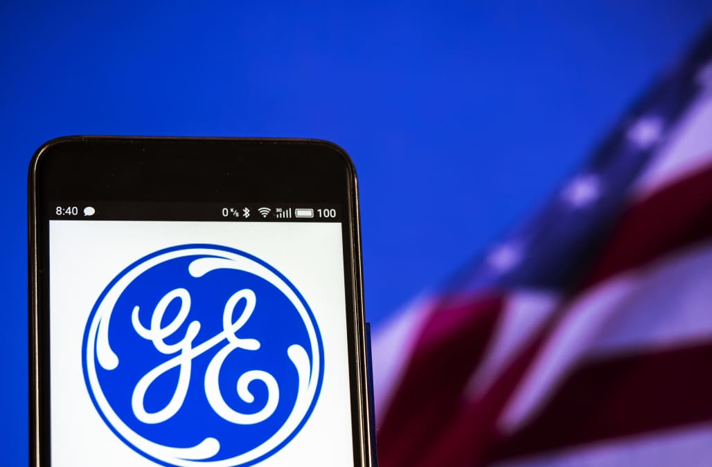 ge to sell 1 bln of energy investments to apollo global aol finance