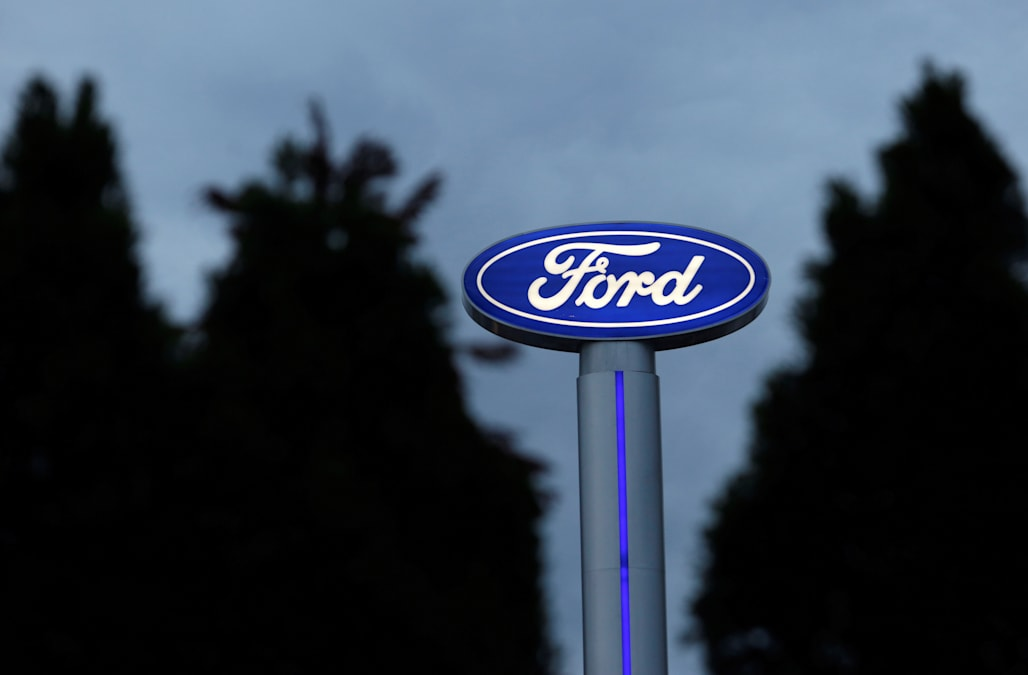 Ford Cancels 1 6 Billion Mexican Plant