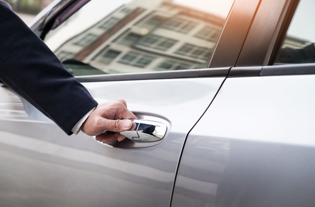 Here's how to unlock your car in 30 seconds without your