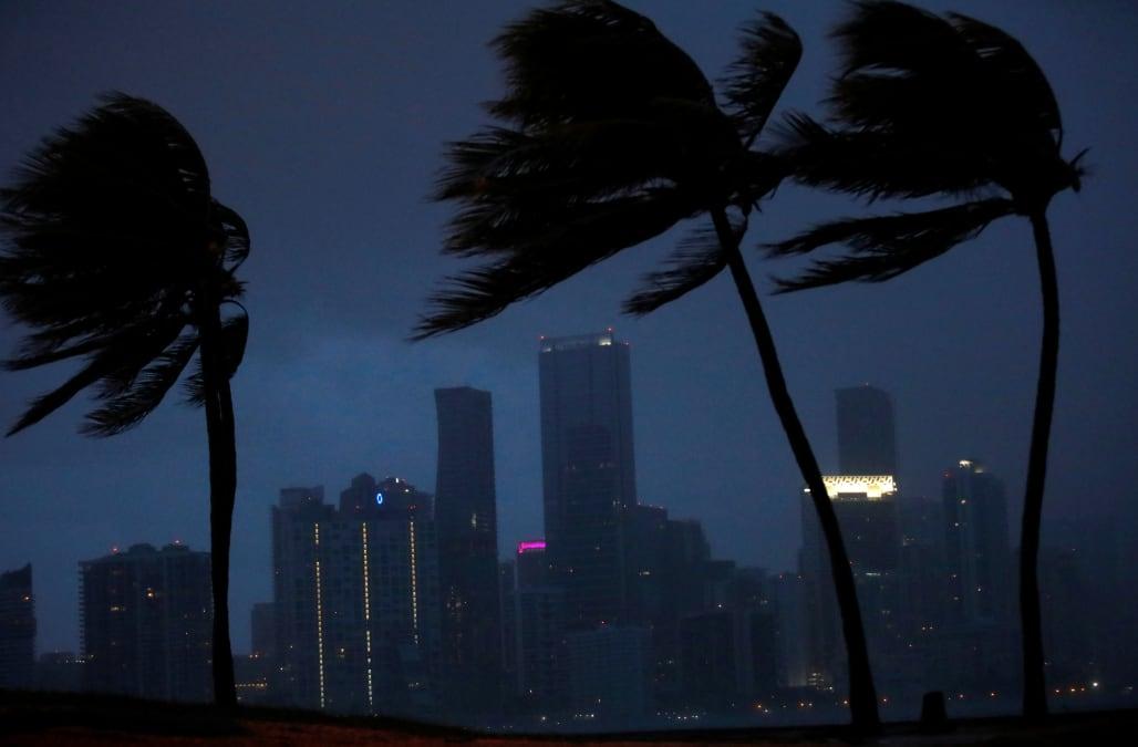 Hurricane Irma Makes Landfall On Florida Keys Aol Weather