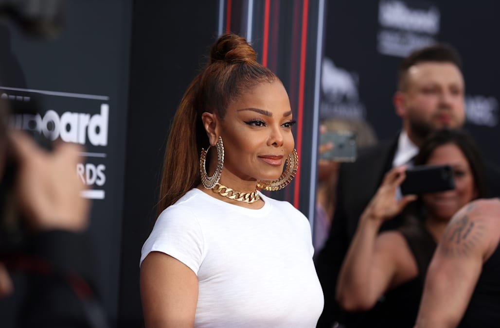 ae69414700 Billboard Music Awards 2018: Janet Jackson is forever youthful in a tee and tulle  skirt