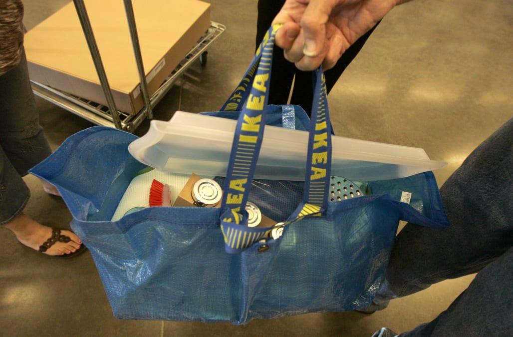 Ikea responds back with sass to Balenciaga s copycat tote bag - AOL ... fae1af5d26a28