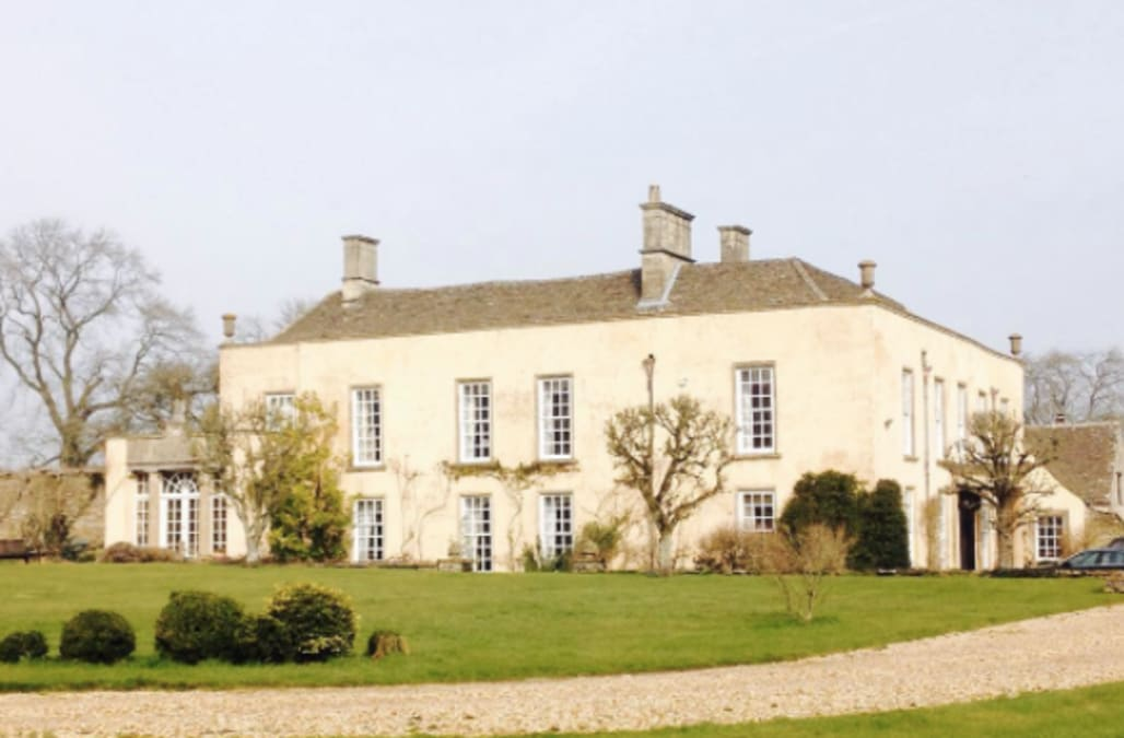 calling all jane austen fans: the house from 'pride and prejudice