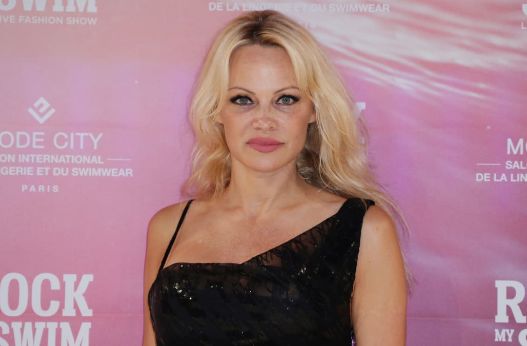 Photos: b. C. Celebrity pamela anderson in india to film reality tv.