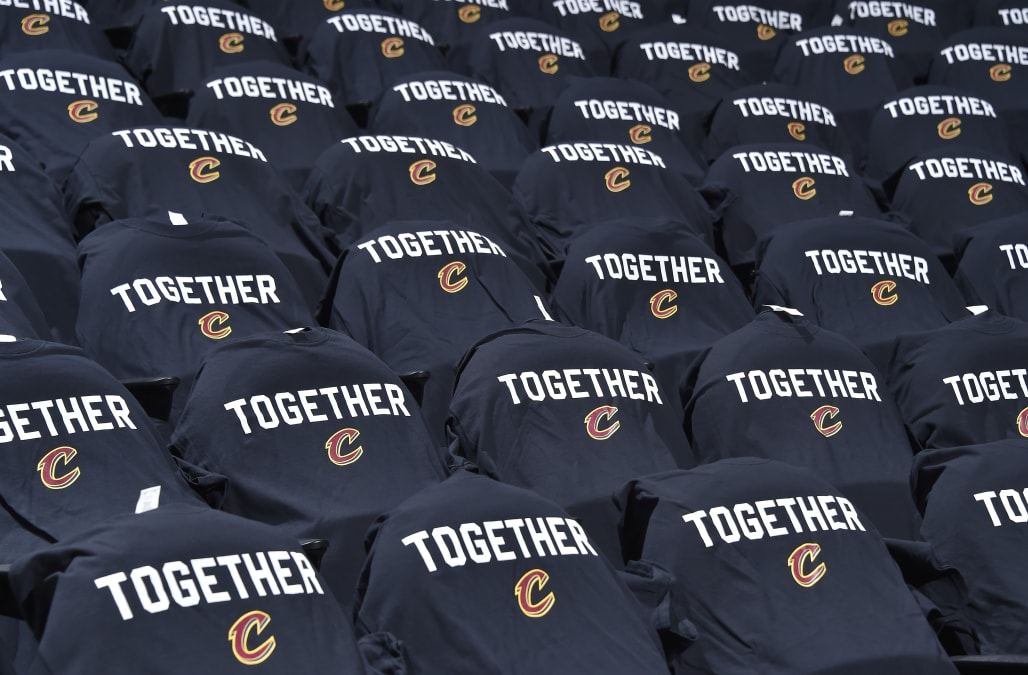 a3fb2f70290 Cavaliers players send anonymous message to front office: We need help
