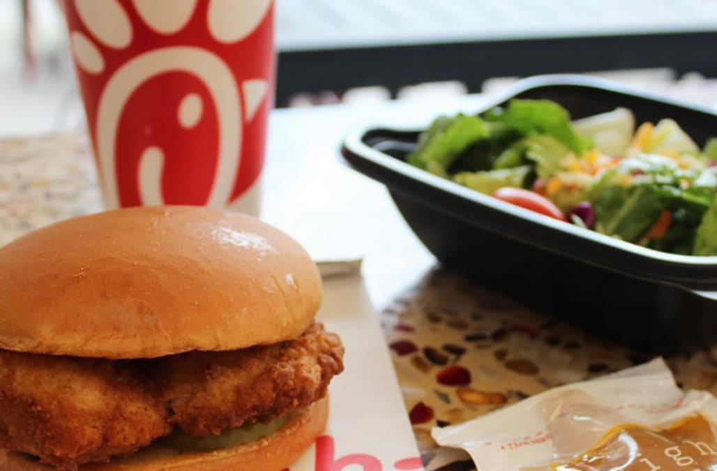 popularity of fast food restaurants essay Essay about popularity of fast food free fast food papers, essays you may also sort these by color rating or essay length and wendy's are gaining popularity even.