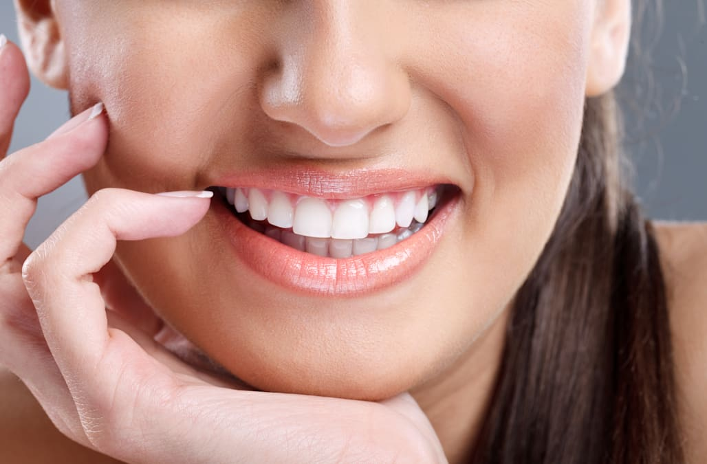 How To Get Whiter Teeth In Just A Week Aol Lifestyle