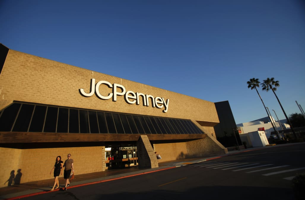 compensation changes at jc penney Jc penney has been struggling as of late fresh on the heels of its attempted recovery, the new bloomberg reports johnson, meanwhile, earned $53 million in compensation from penney's last penney's new ceo ron johnson initiated sweeping changes at the chain at the beginning of the.