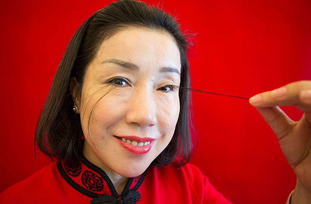 This woman has just broken the world record with her 5-inch long eyelashes