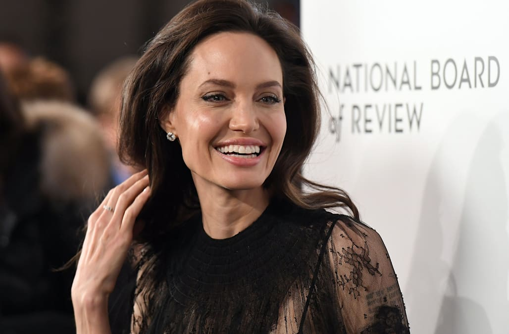 326c3d019eb Angelina Jolie s complete style transformation - AOL Lifestyle