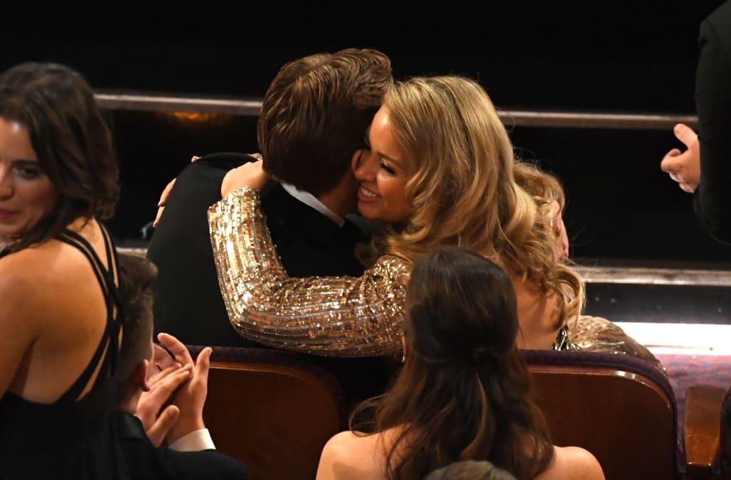 Ryan Goslingu0027s Sister, Mandi, Steals The Spotlight At 2017 Oscars