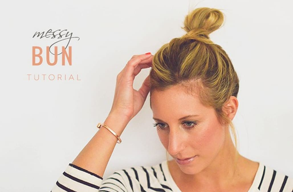 How To The Perfect Messy Bun In 5 Easy Steps Aol Lifestyle