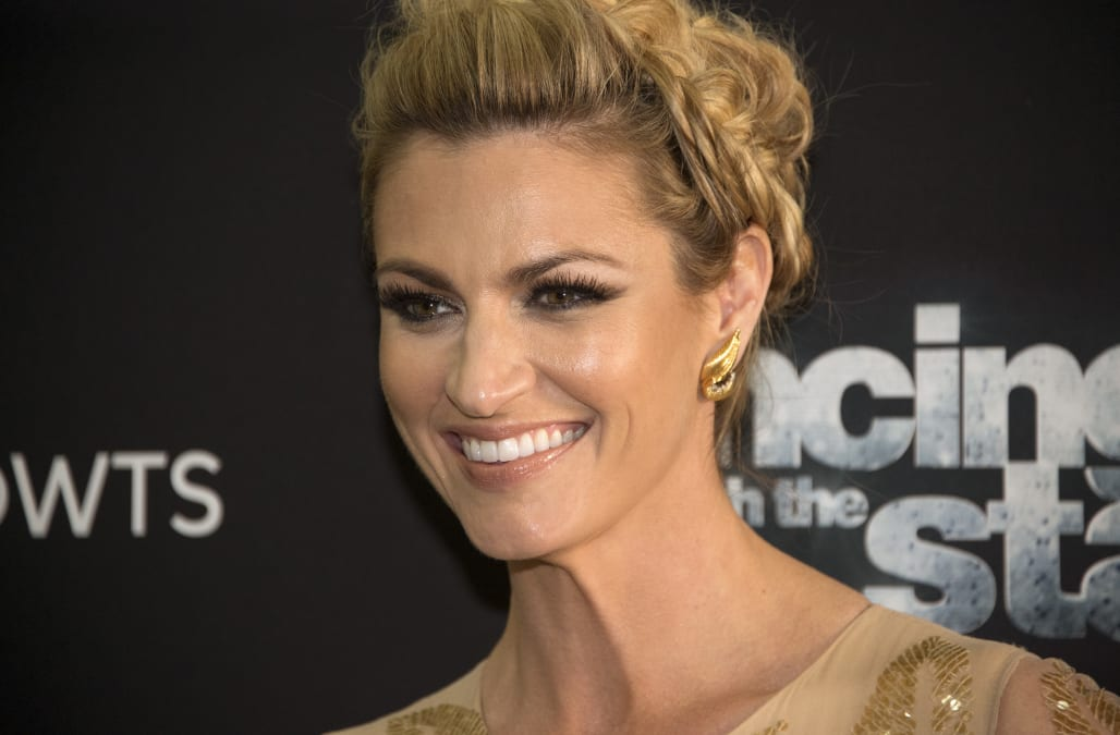 Co Host Erin Andrews Reveals The Dancing With The Stars Secret She