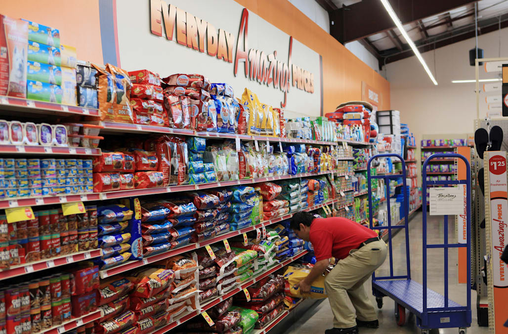 2017 could be a rough year for dollar store chains - AOL Finance
