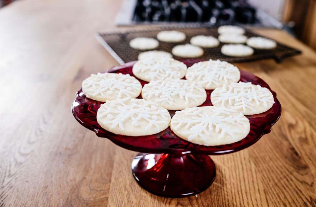 Best Bites Snowflake Christmas Cookies Aol Lifestyle