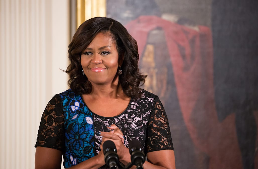 Internet goes wild for Michelle Obama's latest hairstyle