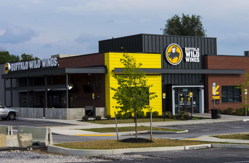 Chains Like Chili S And Buffalo Wild Wings Are Failing Because