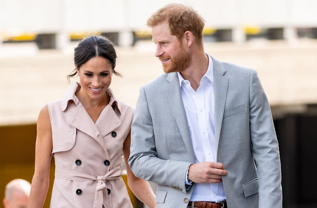 how prince harry s wedding band breaks from royal tradition aol