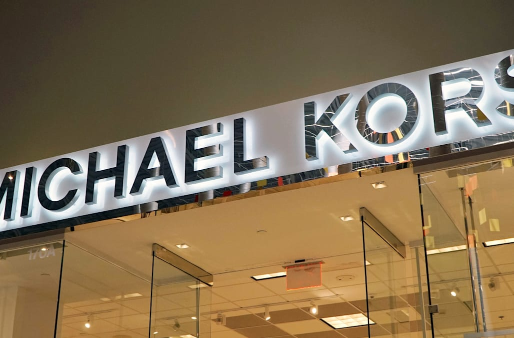 LONDON, Sept 24 (Reuters) - U. S. fashion group Michael Kors Holdings Ltd  has agreed to take control of Italy s Versace in a deal that could value  the ... d1fd7b199c
