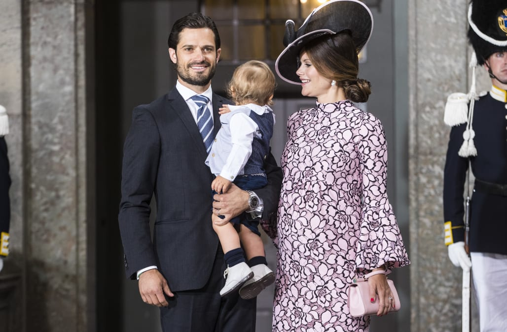 Swedish Royals introduce newborn Prince Gabriel in first official