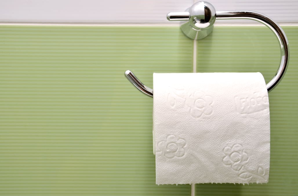 The Correct Way To Hang Toilet Paper According Science