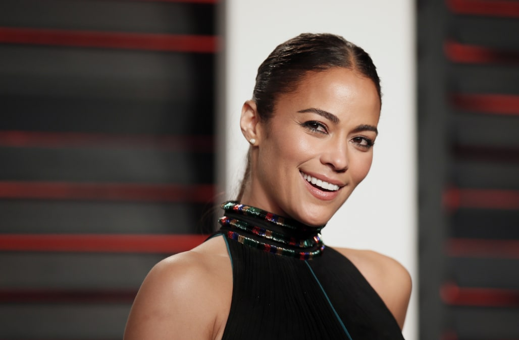 Paula Patton 'loves' her boyfriend of one month -- who's married to