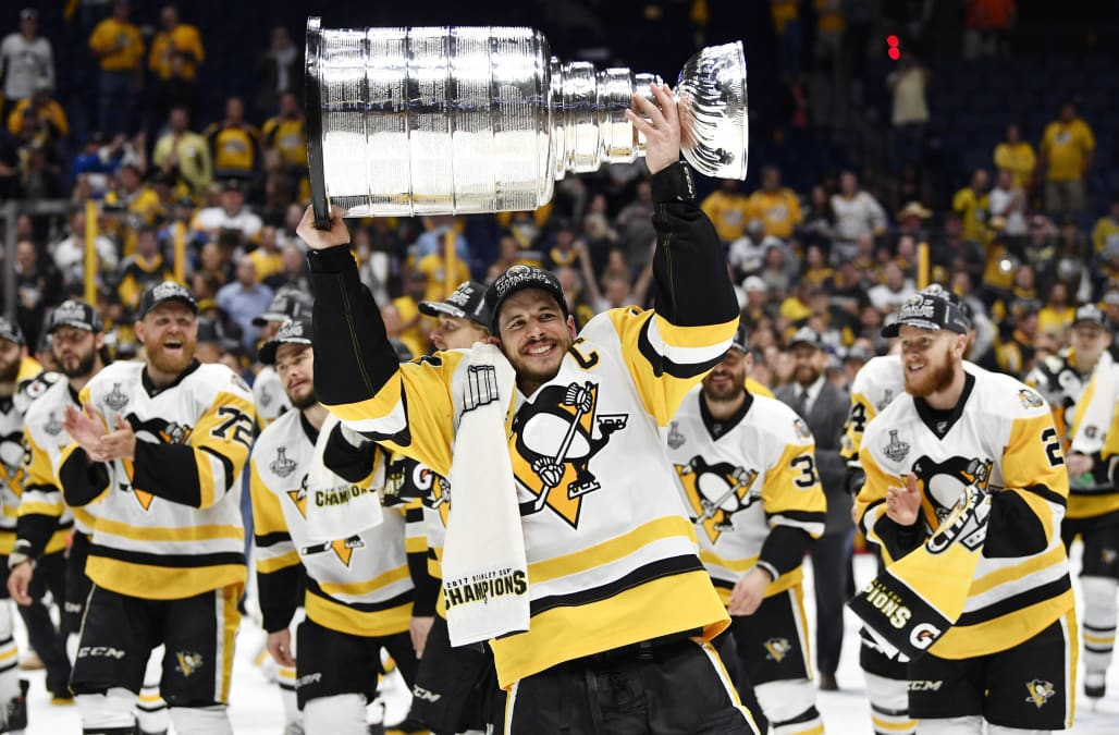 Empty Netter From Carl Hagelin Lifted The Pittsburgh Penguins To A Thrilling 2 0 Stanley Cup Clinching Victory Over Nashville Predators On Sunday