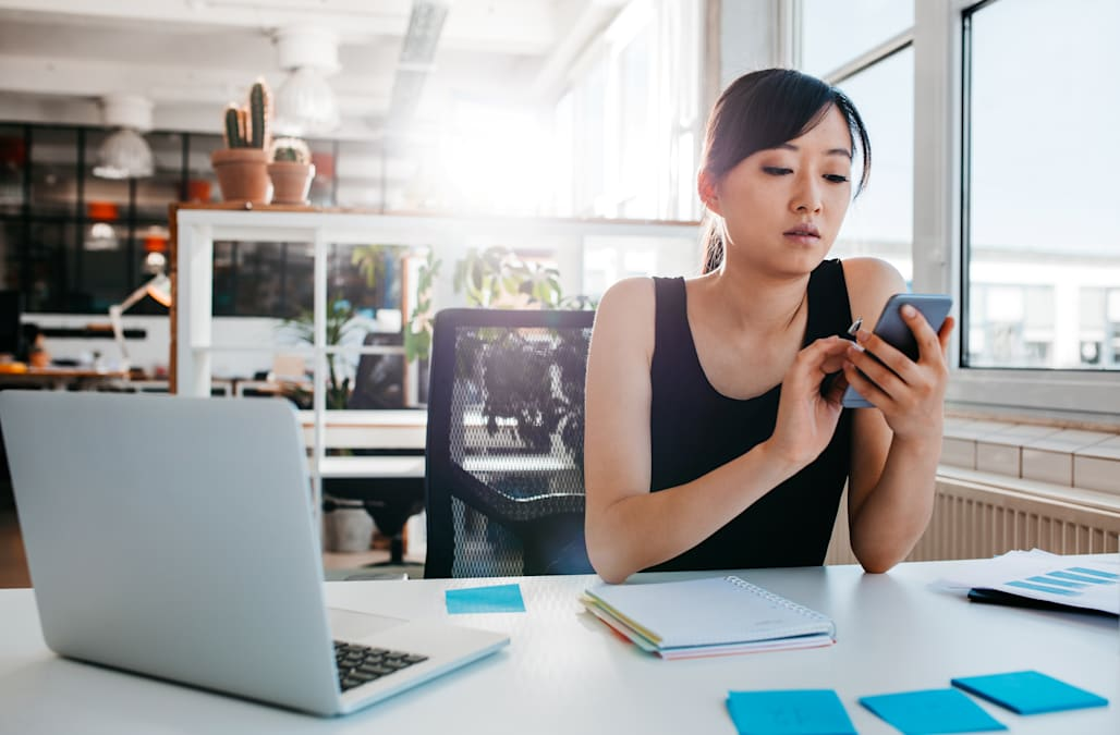 Shocking number of Americans use dating apps at work