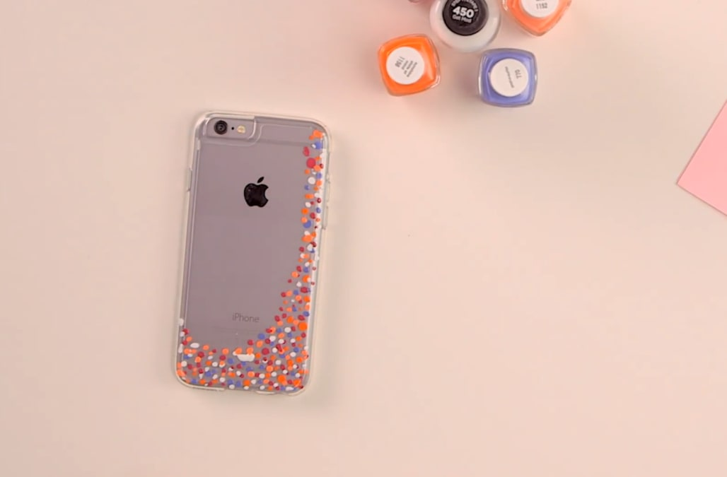 Diy The Prettiest Phone Case With A Little Bit Of Nail Polish Aol