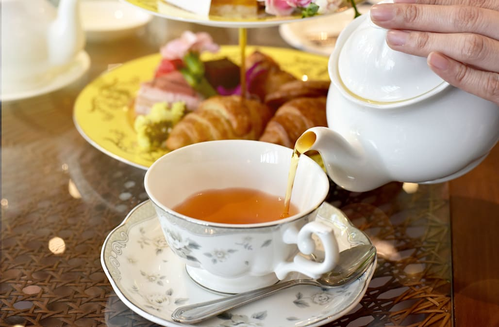the unexpected reason why tea is popular in england aol lifestyle. Black Bedroom Furniture Sets. Home Design Ideas