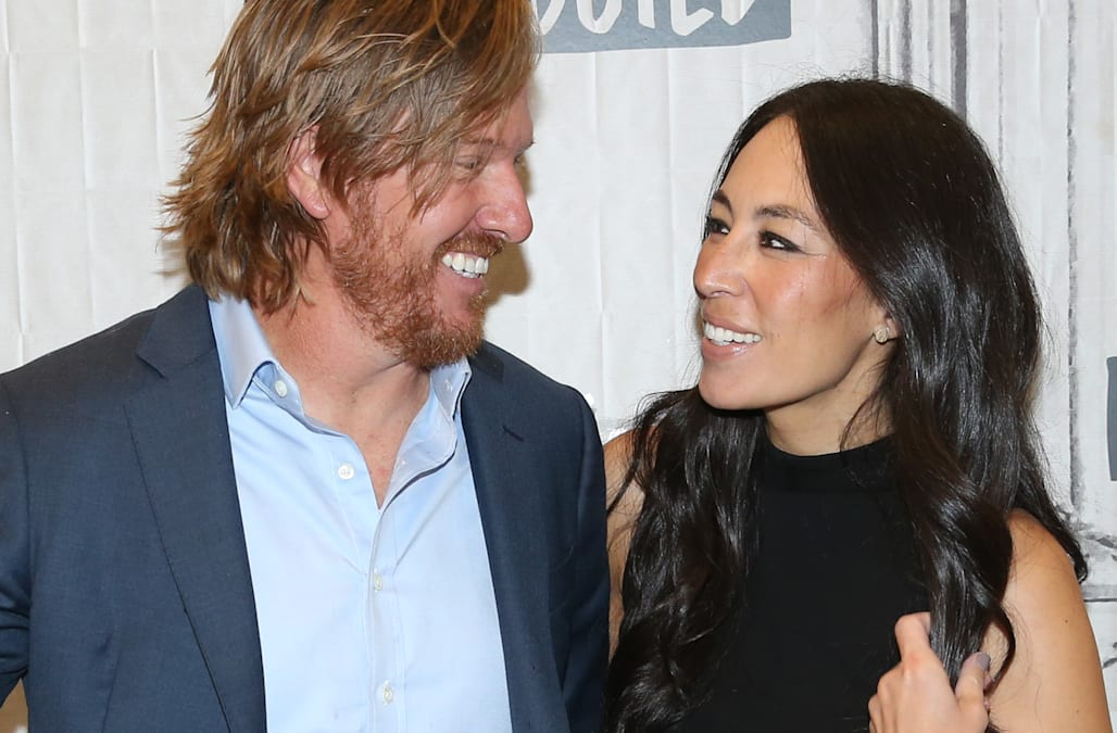 Chip and joanna gaines help 81 year old houston woman for How old are chip and joanna gaines
