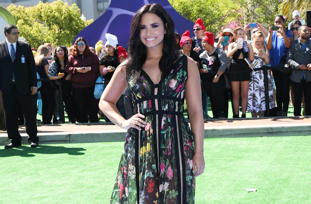 Who is demi lovato currently dating 2020 honda
